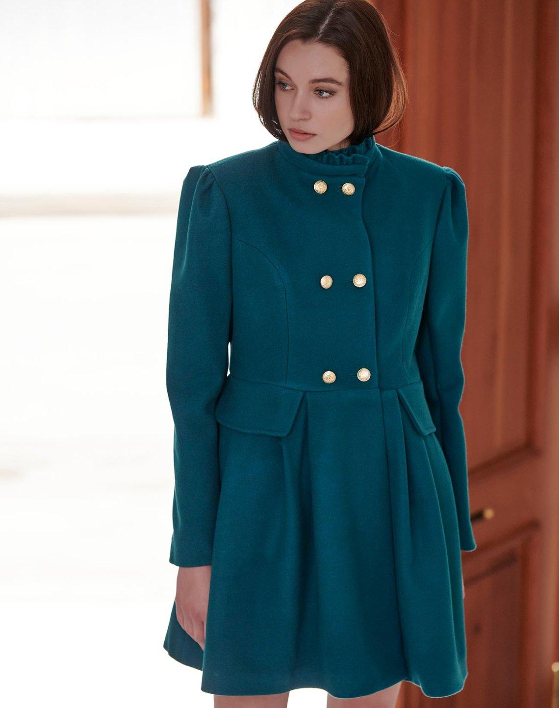 Παλτό με όρθιο γιακά βολάν