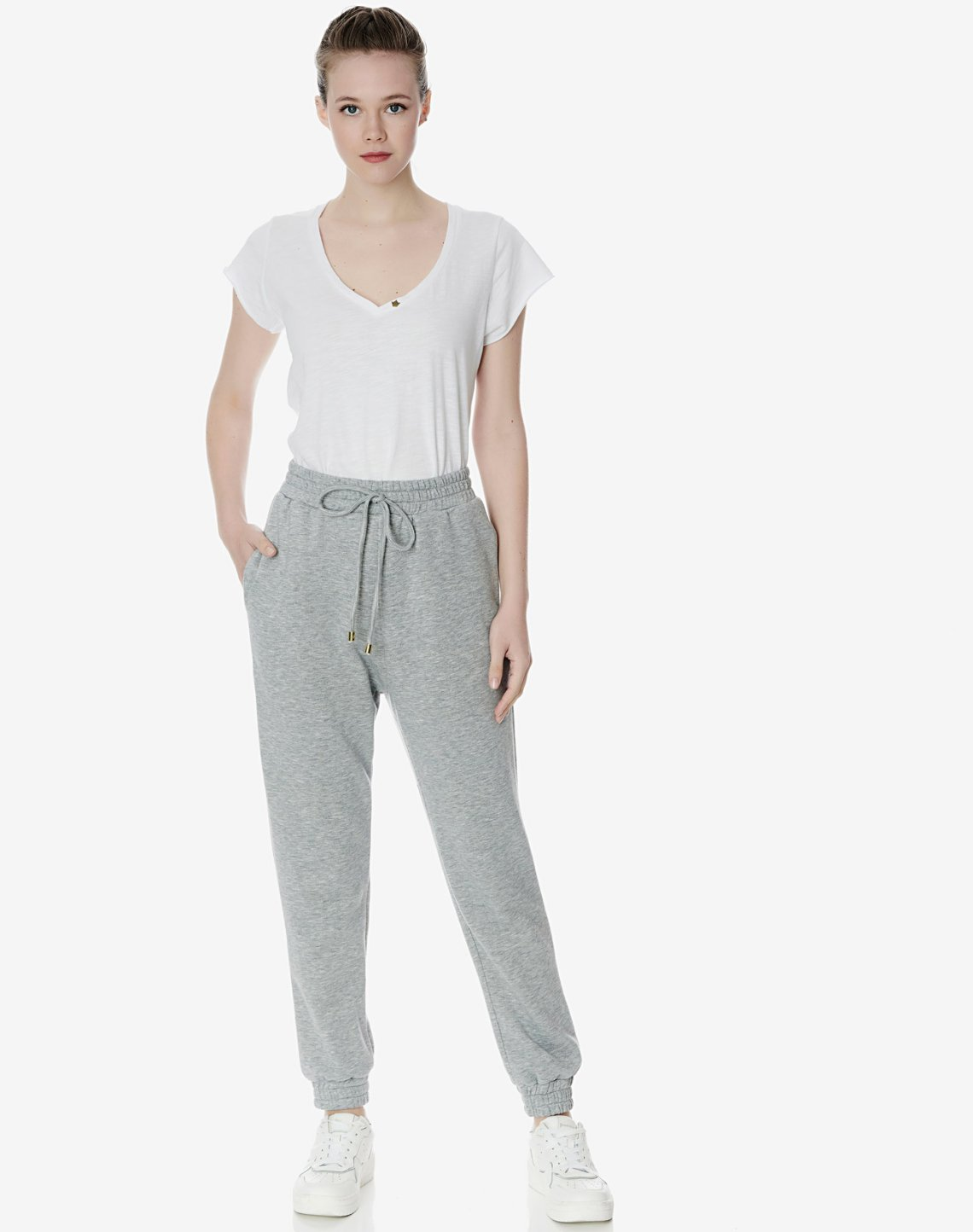 Sweatpants with elastic waist