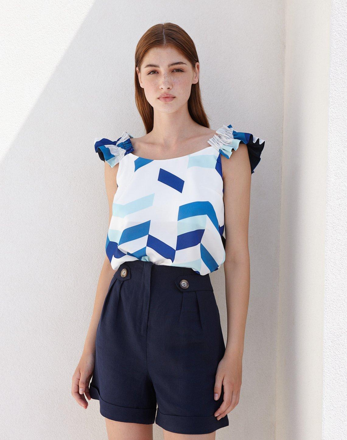 Linen buttoned shorts