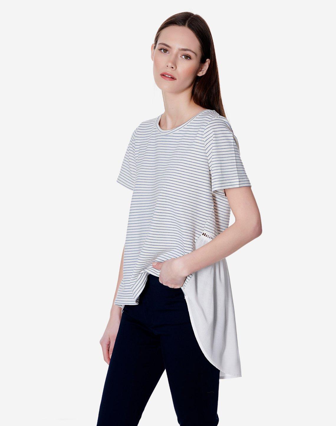 Ριγέ μπλούζα σε συνδυασμό