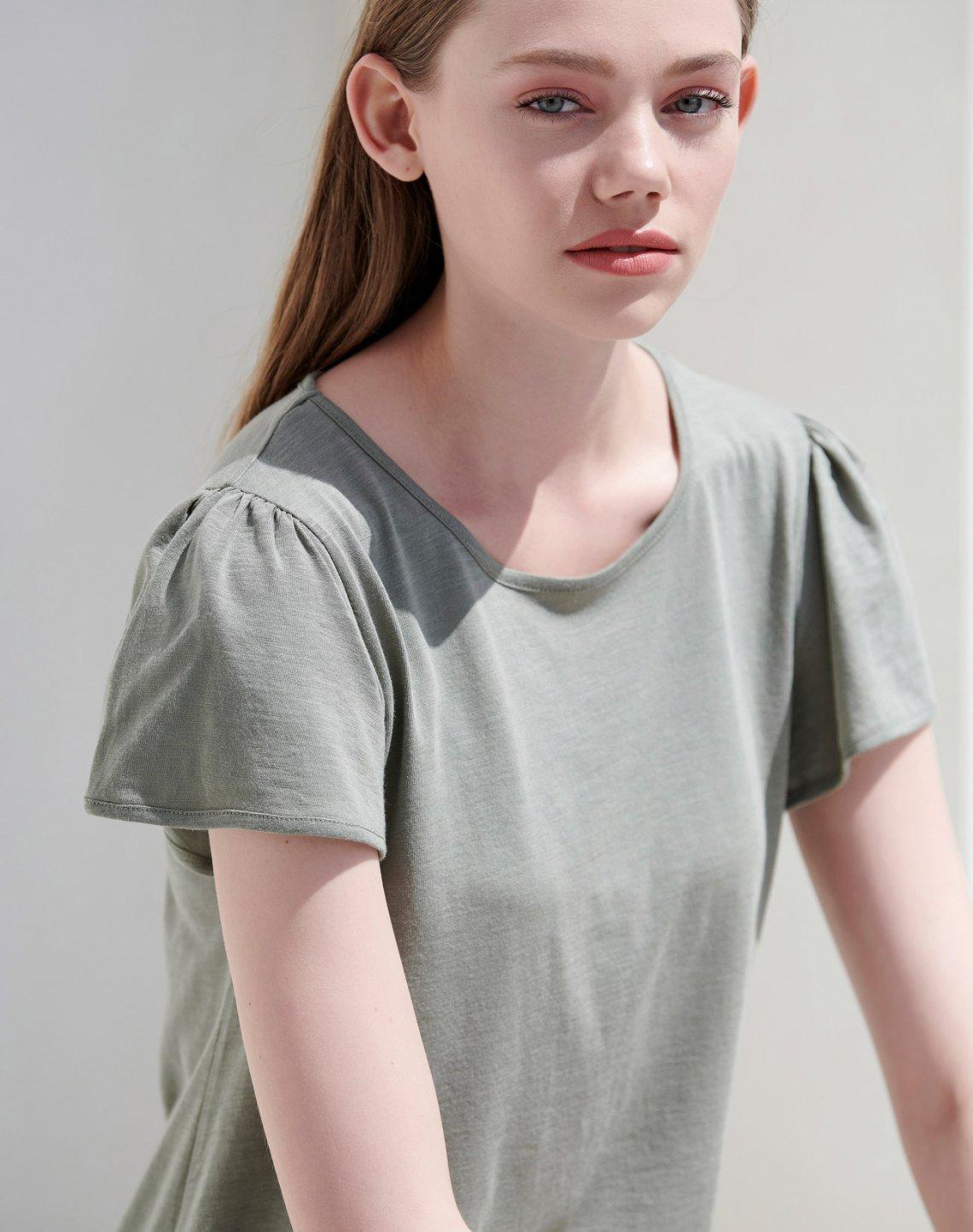 T-shirt με πιέτες