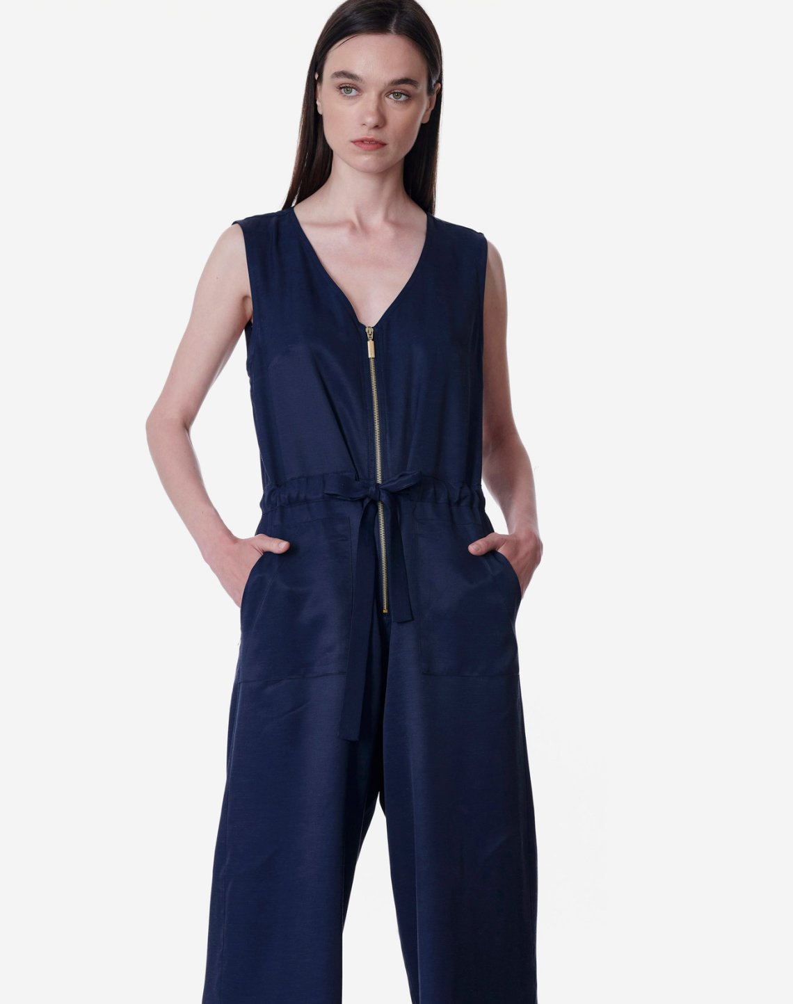 Jumpsuit with golden zip