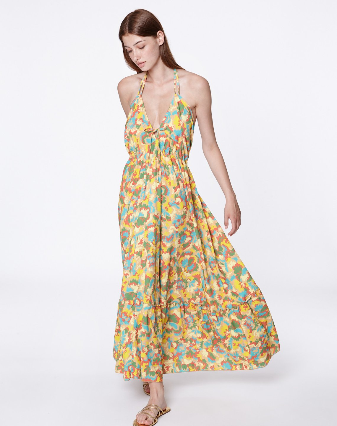 Printed axi dress with opening at the back