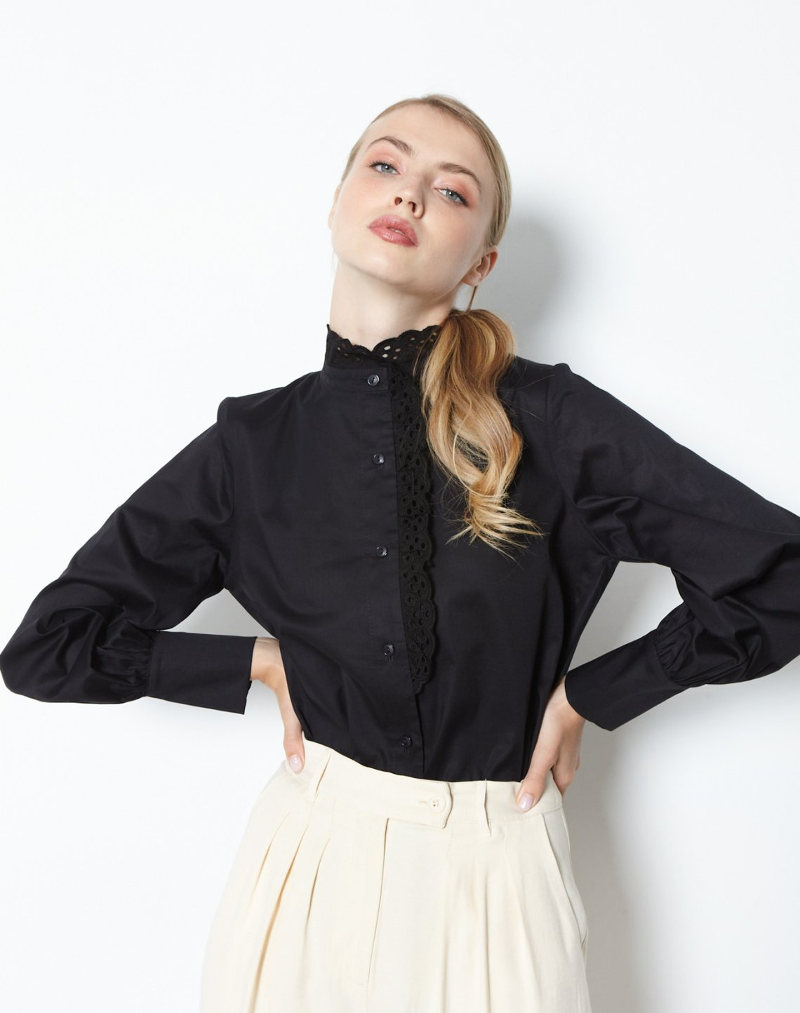 Shirt with broderie detail